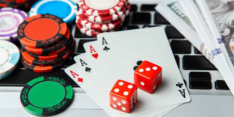 Few Statistics and Facts of Online Gambling