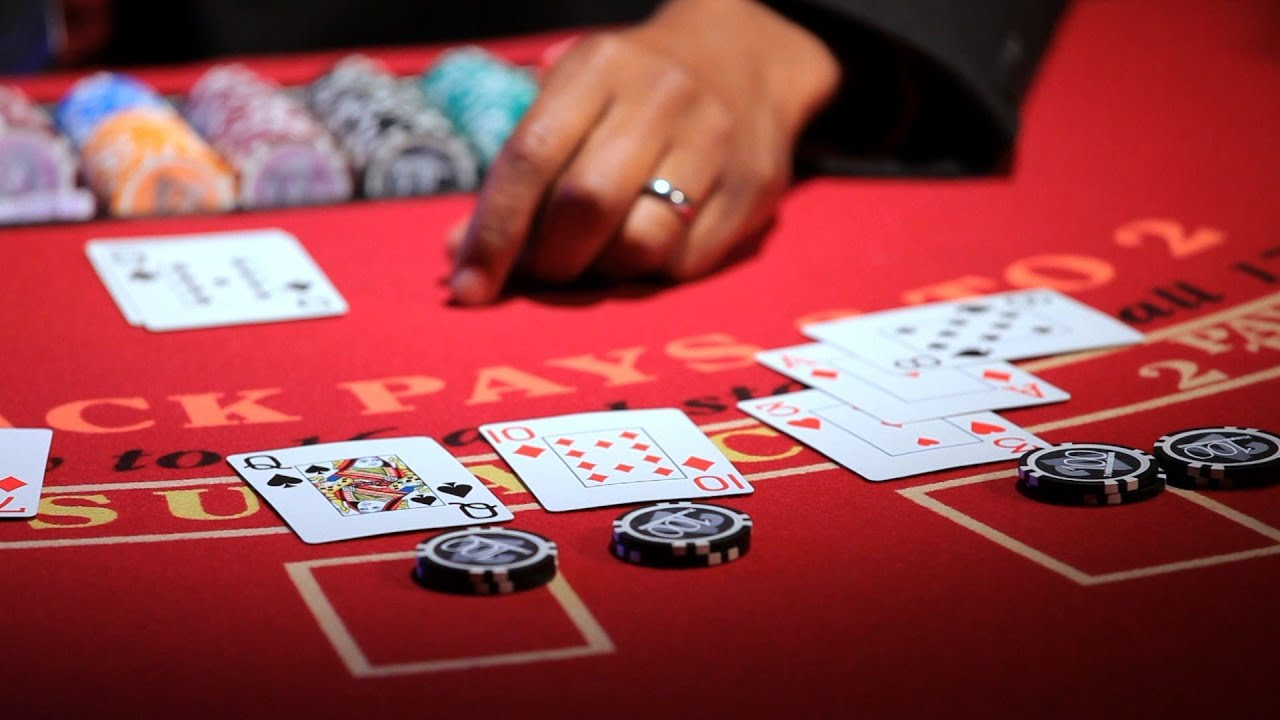 Fast and simple Strategies for Blackjack Gambling