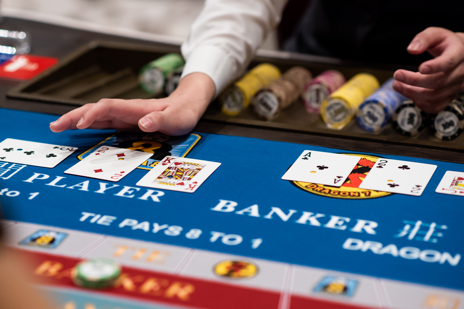 Play Baccarat – An Easy, Fun Game, With Higher Odds