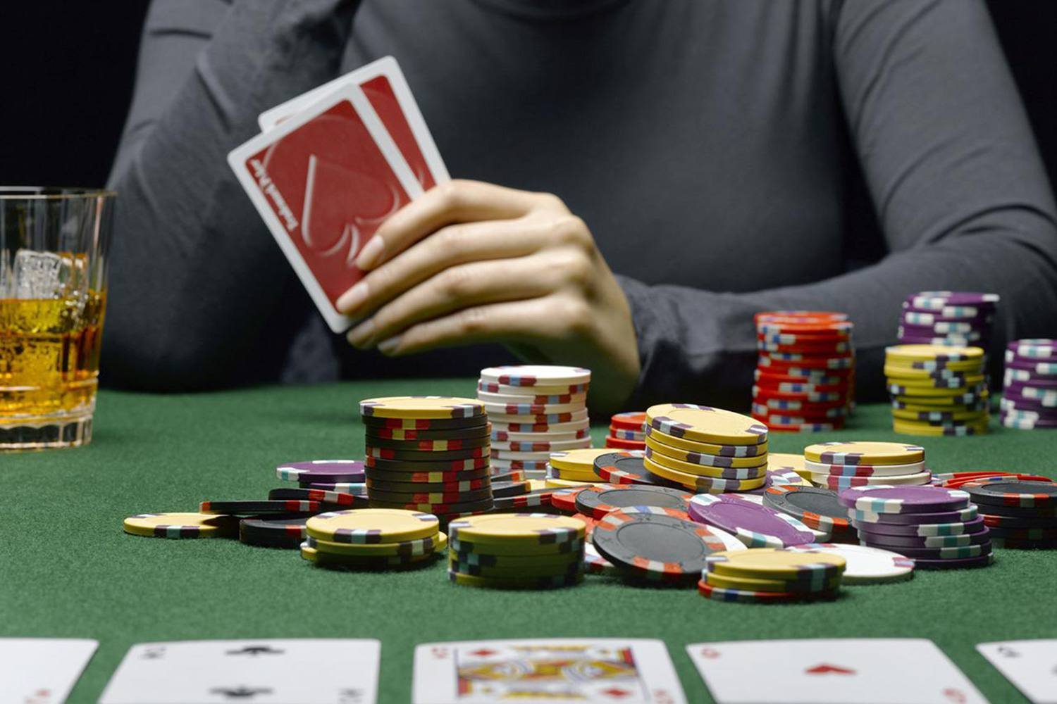Important Tips for Picking an Online Poker Site