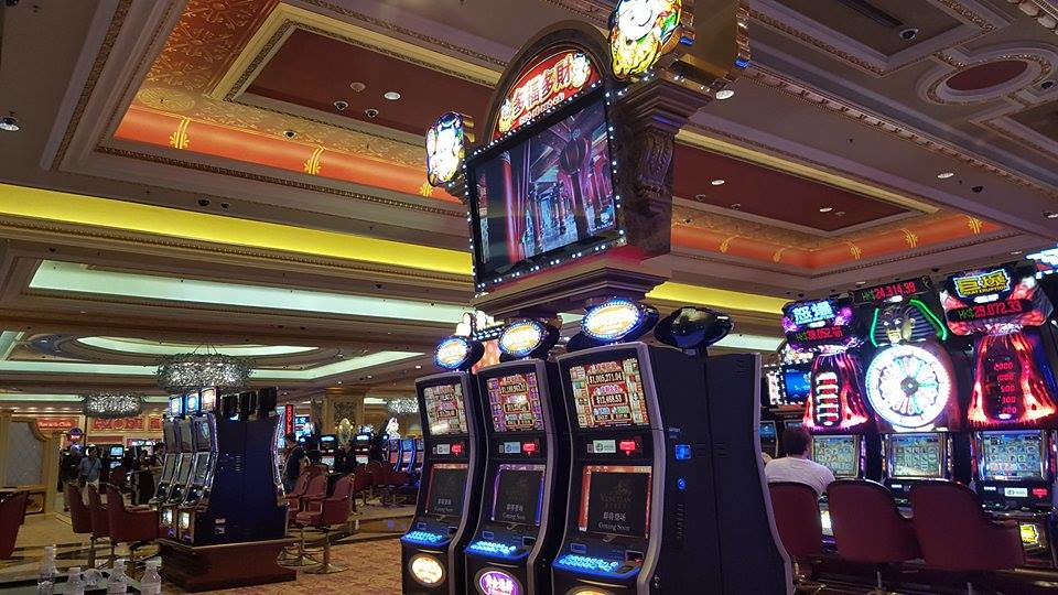 How To Play Casino Slots Without Wasting Time