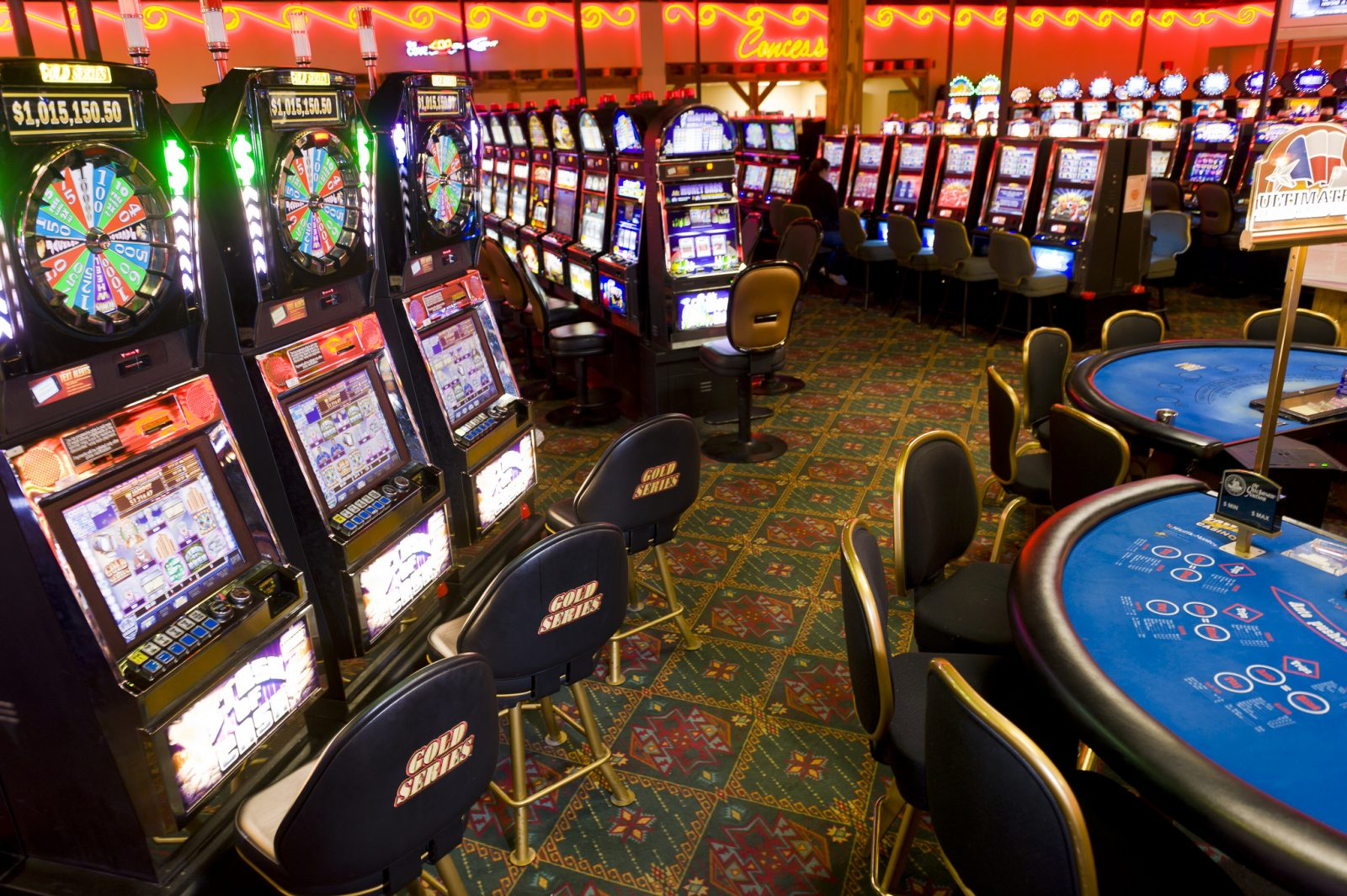 Things that you should consider when looking for online casinos