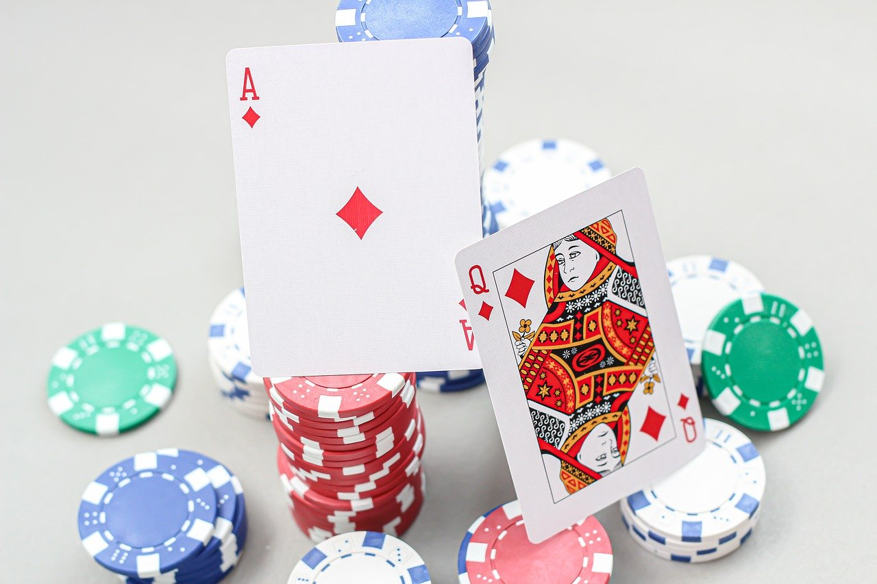 To be a successful blackjack player, you need a lot of practice and knowledge