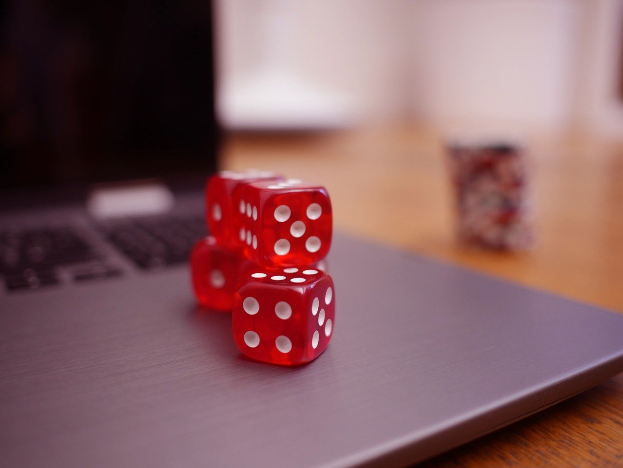 How are bonuses considered the most crucial benefit of online casinos? Discuss 3 bonuses