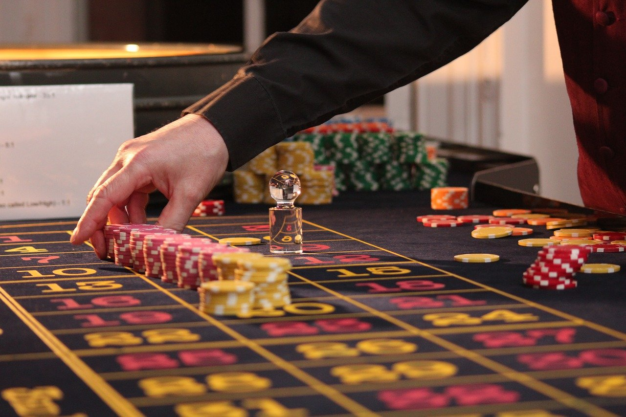 Main Strategy of Playing Casino Games Online