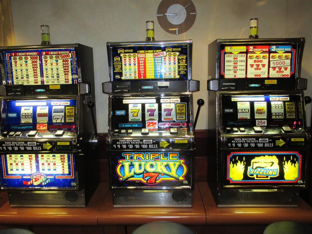 Want to play online slots? Learn the important tips