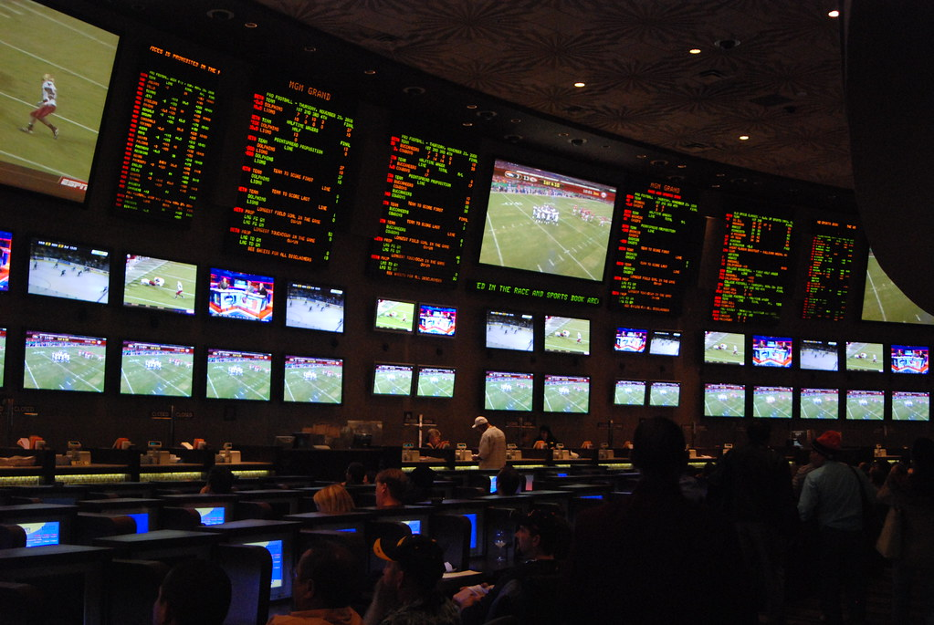 Online betting is a platform where you can make money without any stress.