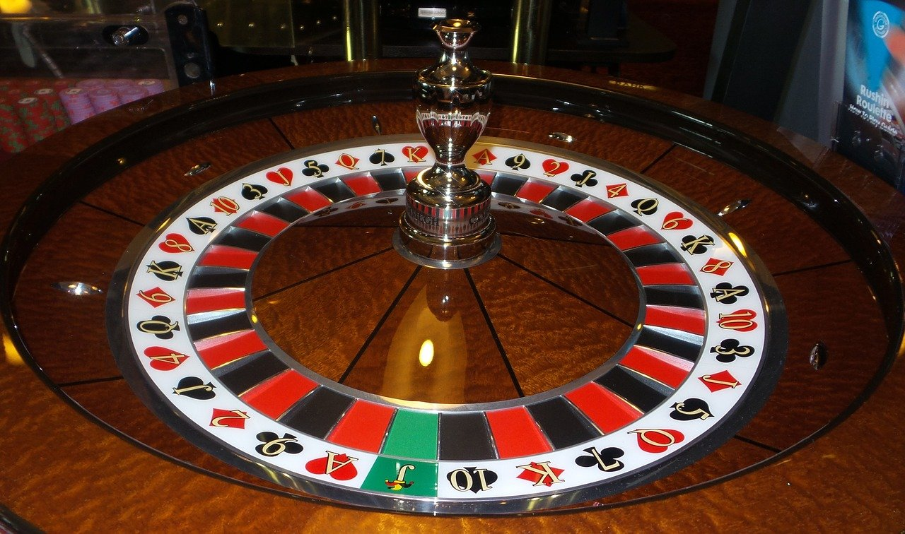 The Advantages of Live Roulette over Normal Online Roulette