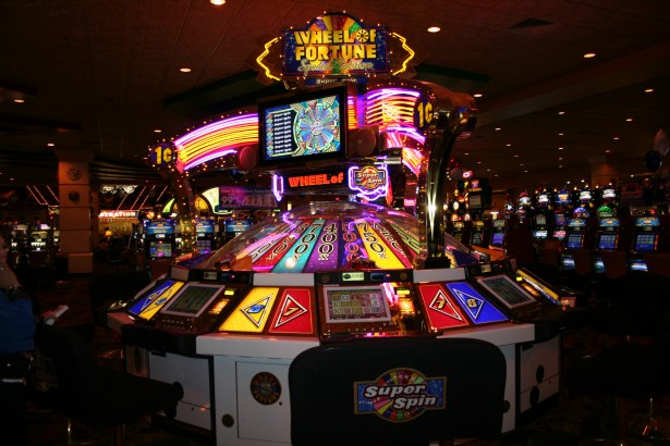 Why People Play Free Online Slot Games